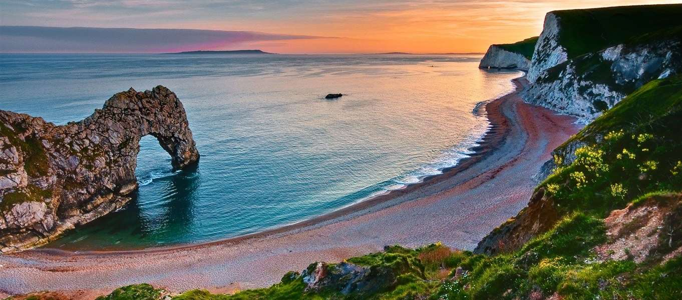 C&sites near Durdle Door & Campsites near Durdle Door close to Lulworth in Dorset