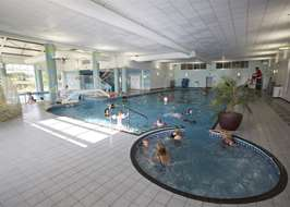 campsites with swimming pools in lincolnshire