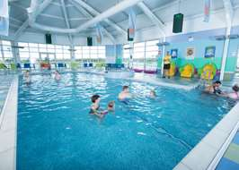 Campsites with swimming pools in north east england for Swimming pools in the north east
