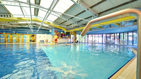 Sandford holiday park in poole dorset - Holidays in dorset with swimming pool ...