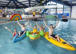 Campsites with swimming pools in dorset - Campsites in dorset with swimming pools ...