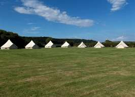 Glamping in Carmarthenshire - 10+ top Carmarthenshire sites