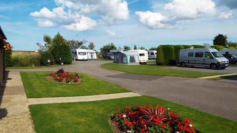 Looking For Campsites At Sutton On Sea Near Beach