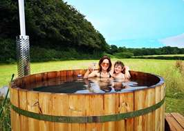100+ campsites in Sussex - the best sites for camping in Sussex