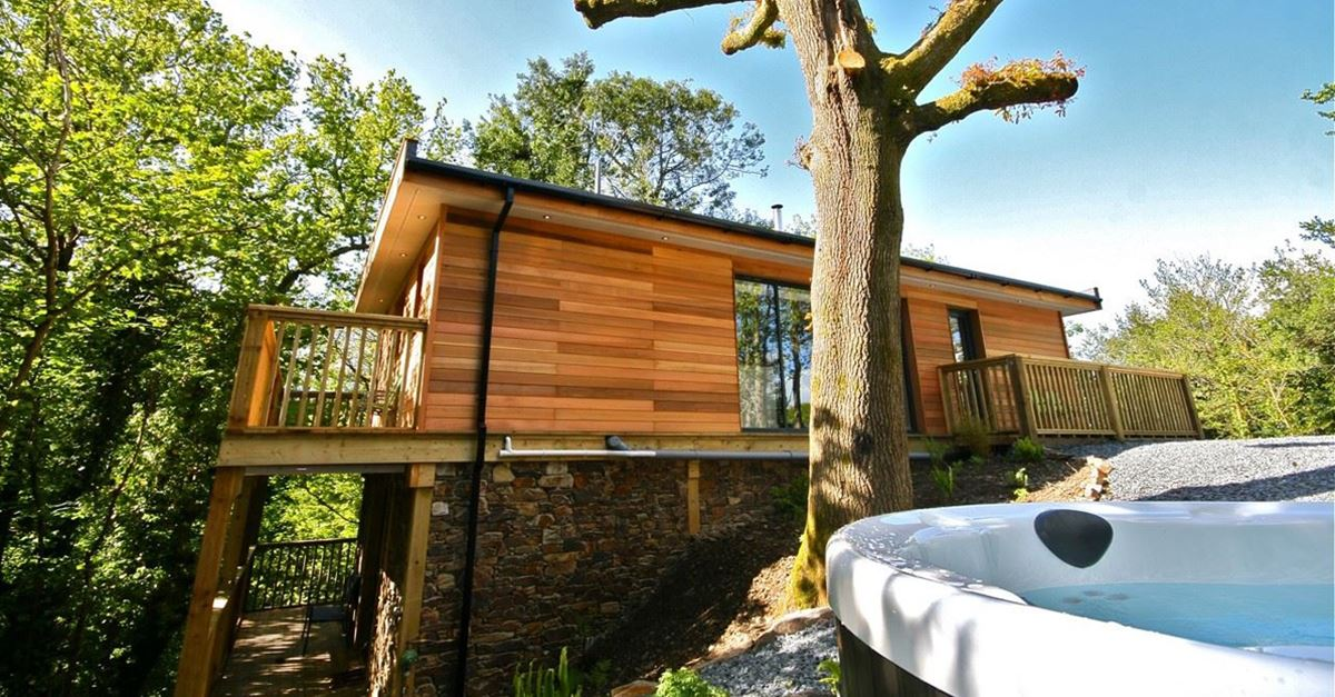Treehouse Holidays With Hot Tubs In The Uk