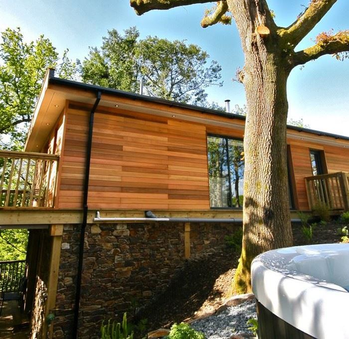 The Ultimate Guide To The Must See Attractions Along I 95: Treehouse Holidays With Hot Tubs In The UK