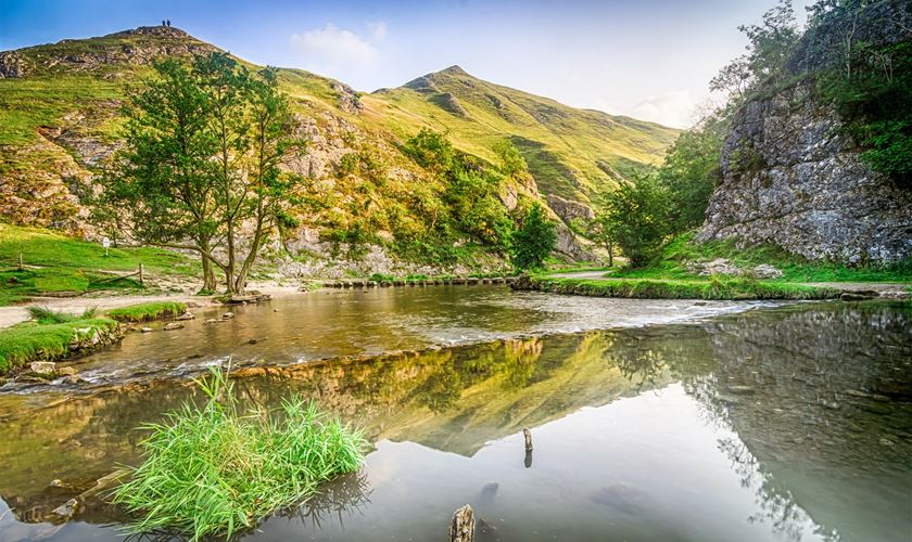 7 sights to see during your Dovedale walks